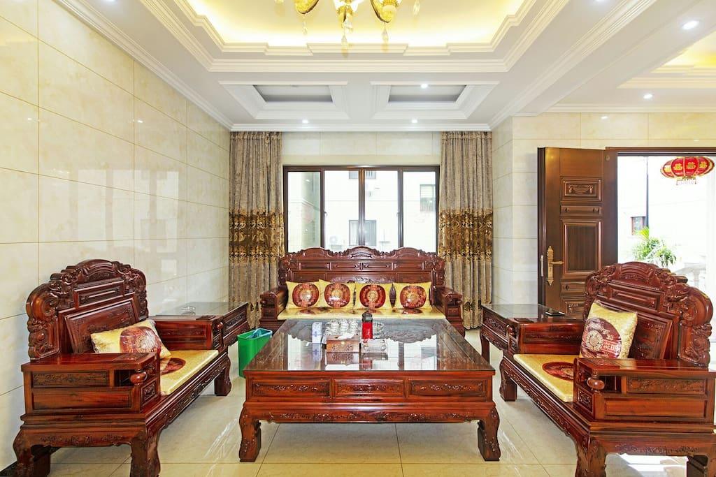 客厅红木沙发
