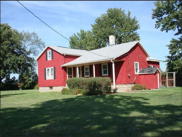 Red Barn Dairy Farm - Suite 2 - Oberlin - Bed & Breakfast