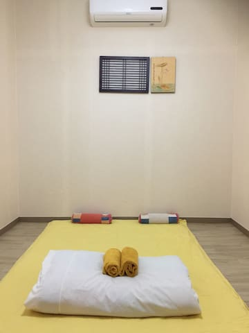 2 Rooms for 4 guest with private bathroom - Maingyeteo-ro 40beon-gil, Mokpo-si - House