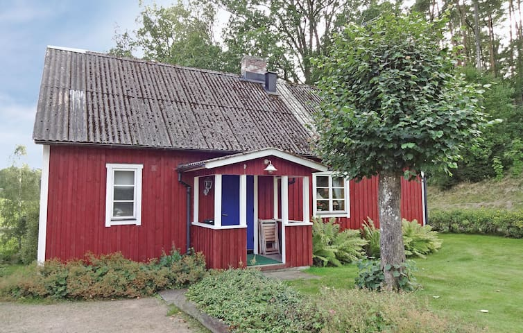Holiday cottage with 2 bedrooms on 85m² in Knäred