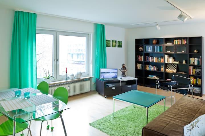 Bright apartment close to the city - Mannheim - Apartamento