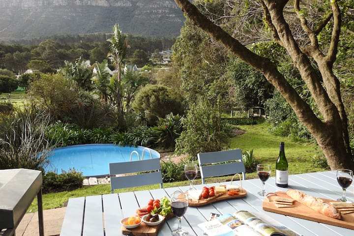 Private pool and braai area