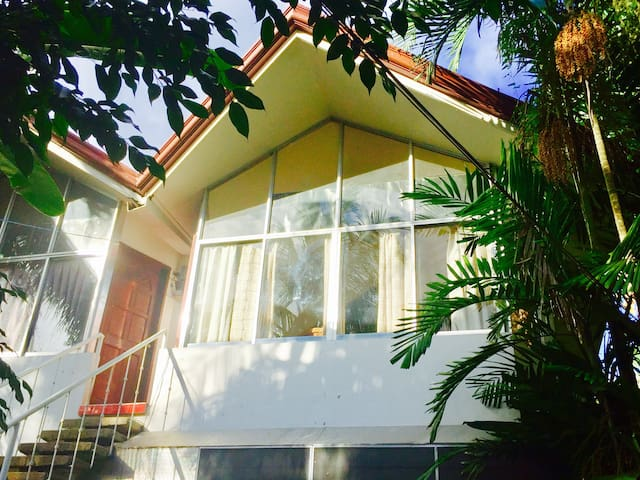 Furnished Unit on Seaside Property - Tagbilaran City - Daire