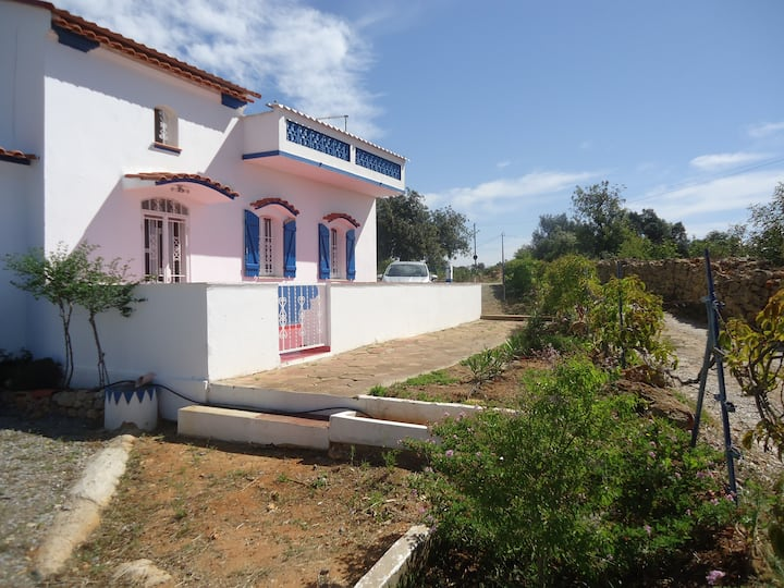 maison typique portugaise (région algarve)