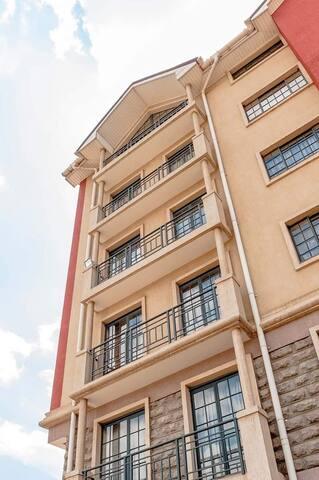 Penthouse studio house very close to Nairobi CBD