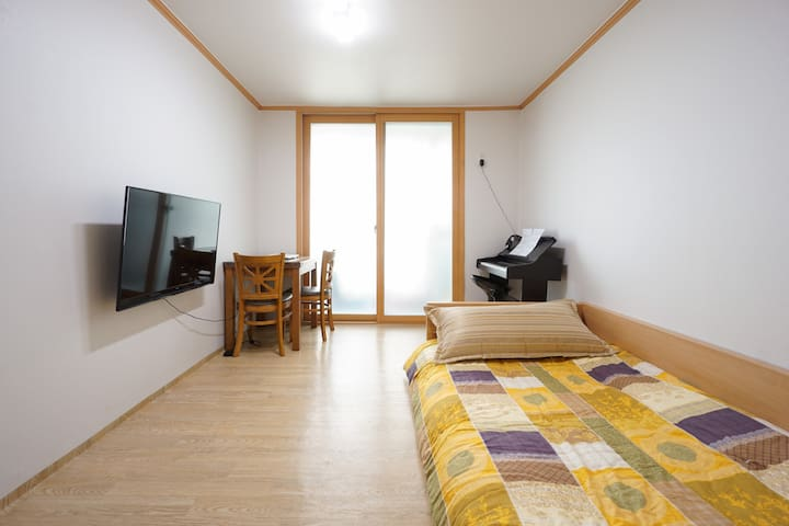 GURO Guest - The cheapest private room in Seoul