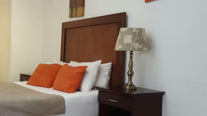 Luxury Guest House in Bedforview - Germiston - Bed & Breakfast