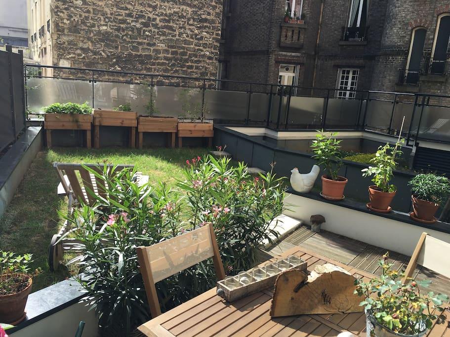 Joli 2 pi ces avec grande terrasse appartamenti in for Restaurant avec terrasse ile de france