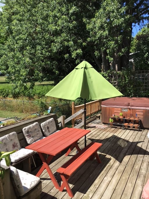 Large deck with large hot tub