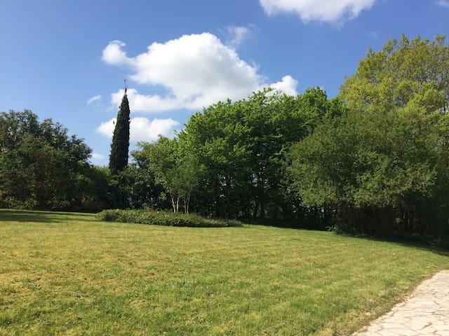 Magnifique propriété à 1h de Paris - Chevannes - Hus