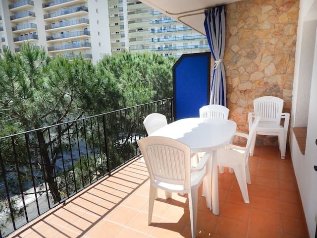 Platja d'Aro Apartment 2nd ligne sea - second floor with parking