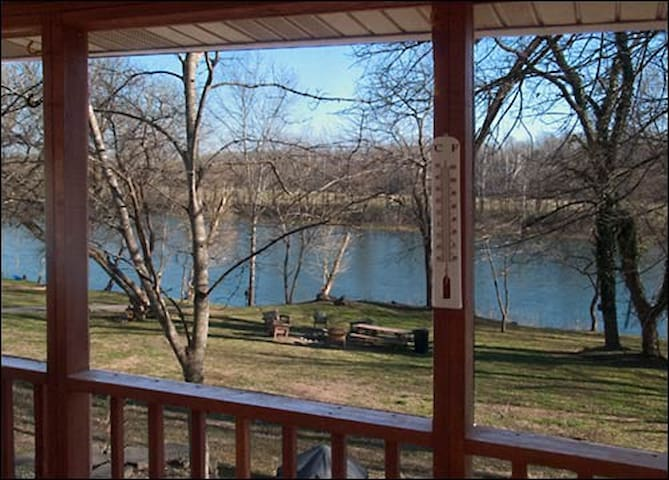 Relaxing, Riverfront Cabin #3, Screened Porch