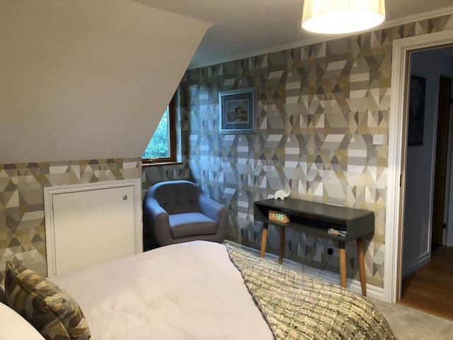 One, Two, Three Double Bedrooms upto 6pp Felbridge