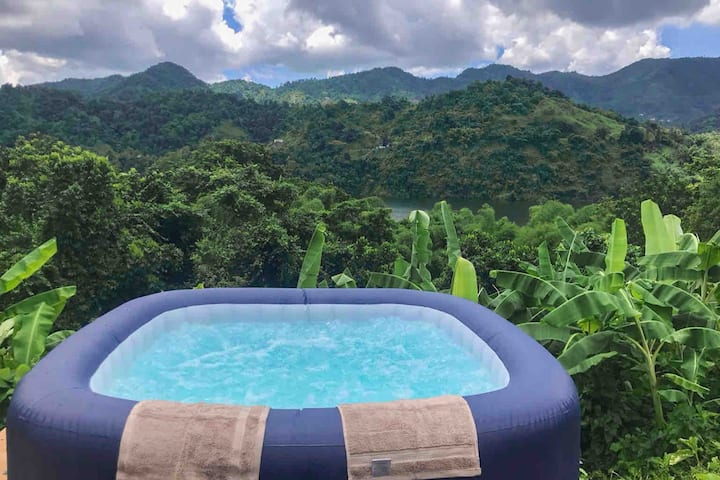 Caonillas Lake View Glamping Site w/Jacuzzi