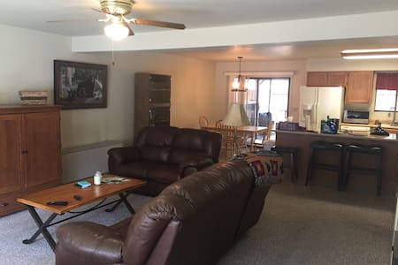 3 BR Townhome - Close to Everything! - Pinetop-Lakeside