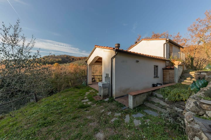 Cottage in Lunigiana, near 5 Terre