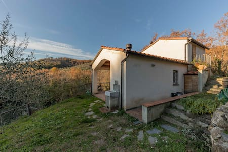 Cottage in Lunigiana, near 5 Terre