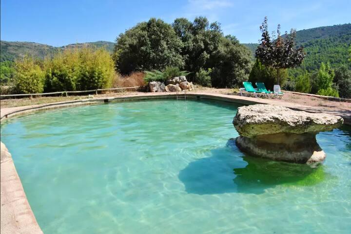 Villa de 6 habitaciones en Bocairent, con magnificas vistas a las montañas, piscina privada, jardín cerrado