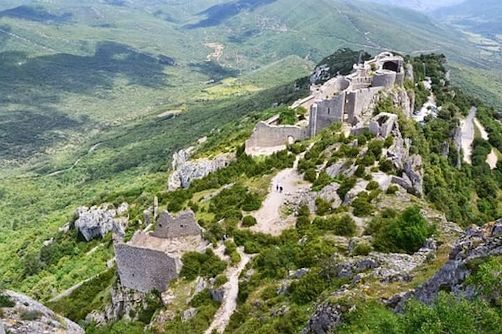 Château Cathare de Peyrepertuse, citadelle du vertige