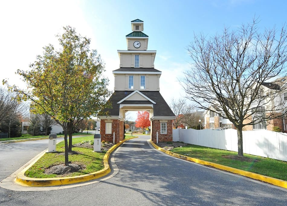 Entrance To Our Beautiful Condo Community!