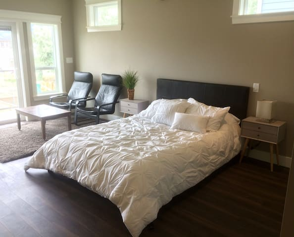 Studio Suite in Beach and Wine Country - Summerland - Rumah