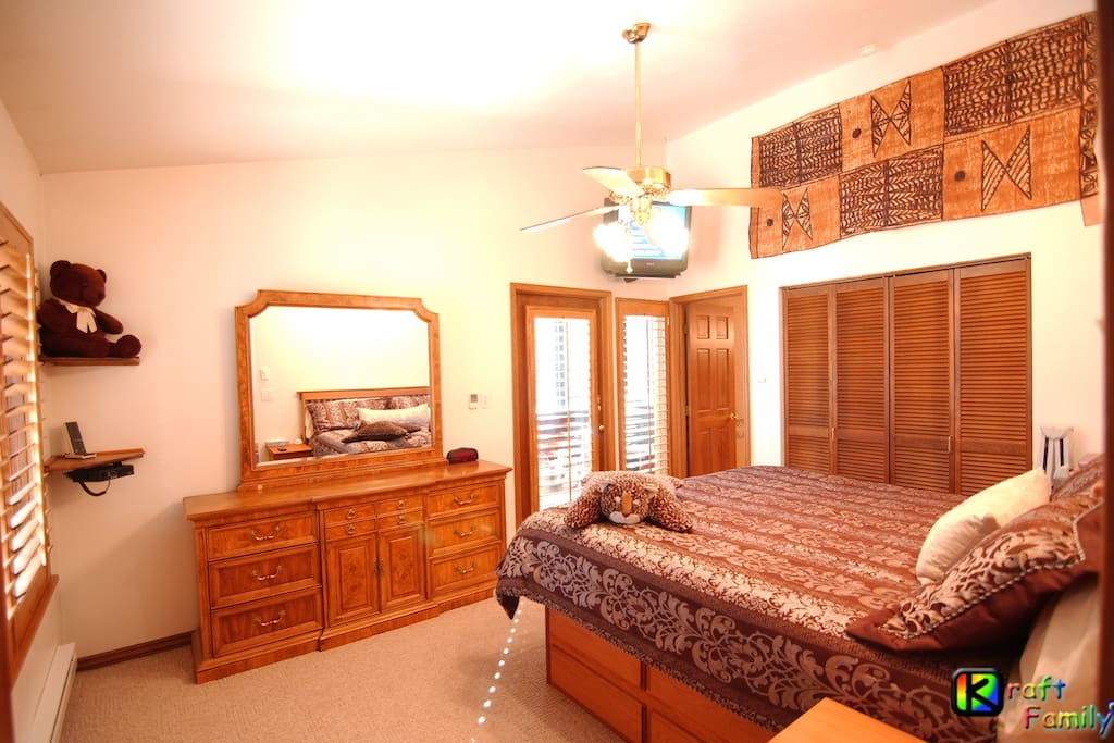 Private Master Bedroom with TV and cable TV.