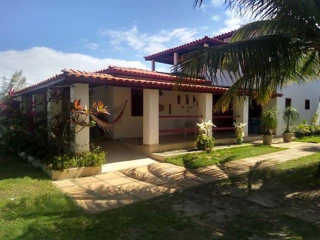 Casa Chácara para Temporada em Arembepe-Ba.