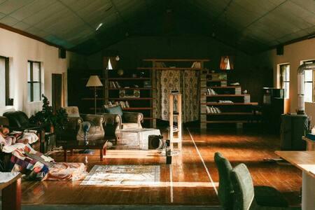 비밀 하우스/secret house(attic)