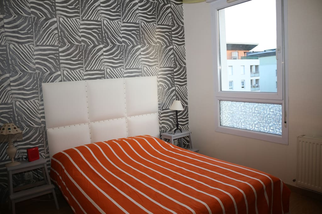 chambres louer lyon 9 me bed and breakfasts for rent in lyon france. Black Bedroom Furniture Sets. Home Design Ideas