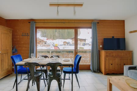 2 rooms apartment facing the linga's slopes