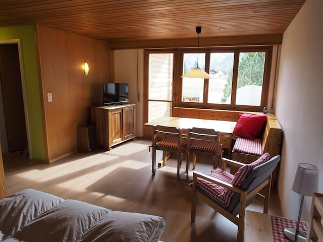 cozy apartment in Chalet Daria - Kandersteg - Apartmen