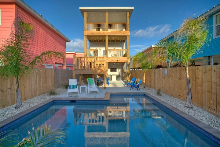 MAKING WAVES *Old Town Port A *PRIVATE POOL *New Build