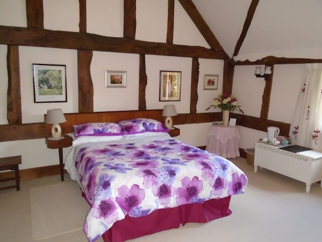Waterford Lodge with en-suite - Lulsley - Bed & Breakfast