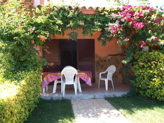 Splendido appartamento 2 a SanTeodoro con giardino