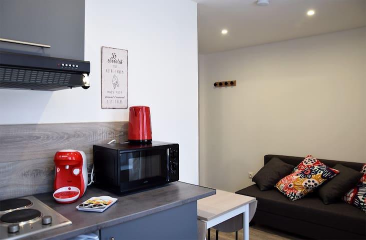 Petit studio cosy tout neuf en centre ville *2