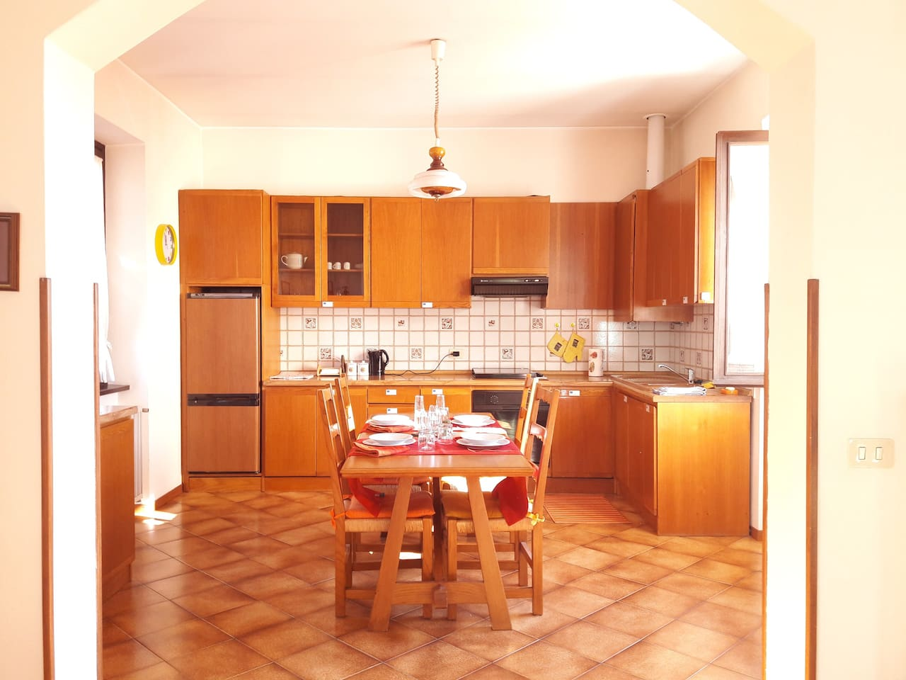 Cucina vista dal divano - Kitchen from the sofa