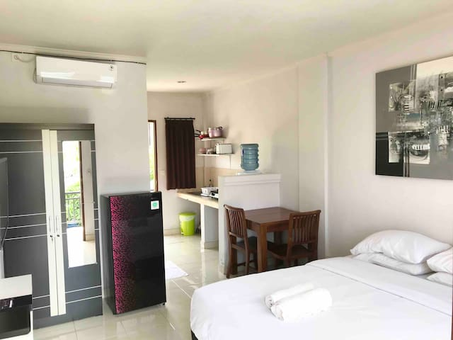Cozy Studio Apartment in Seminyak
