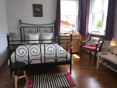 B&B Amber:with private toilet/shower room/kitchen!