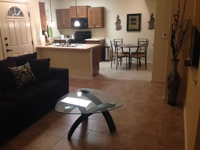 COZY Modern Fully Furnished 1 BDRM great location!