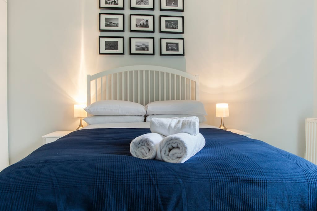 Professionally laundered crisp white sheets & towels