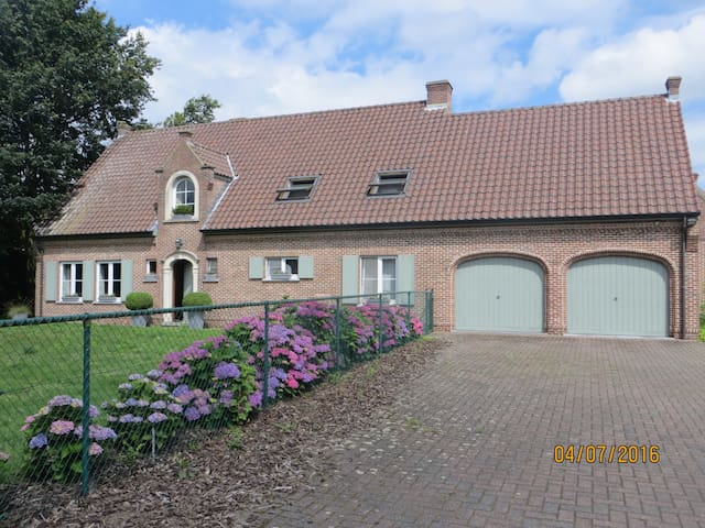 House at the countryside - Lokeren - Casa de camp