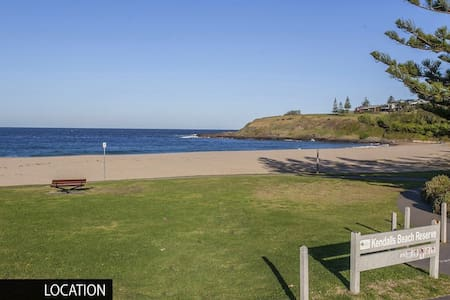 Ideal South Coast getaway, beach access opposite. - Kiama - House