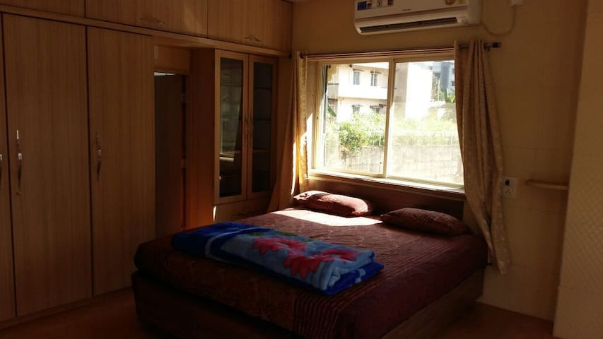 Fully furnished 2bhk with Ac