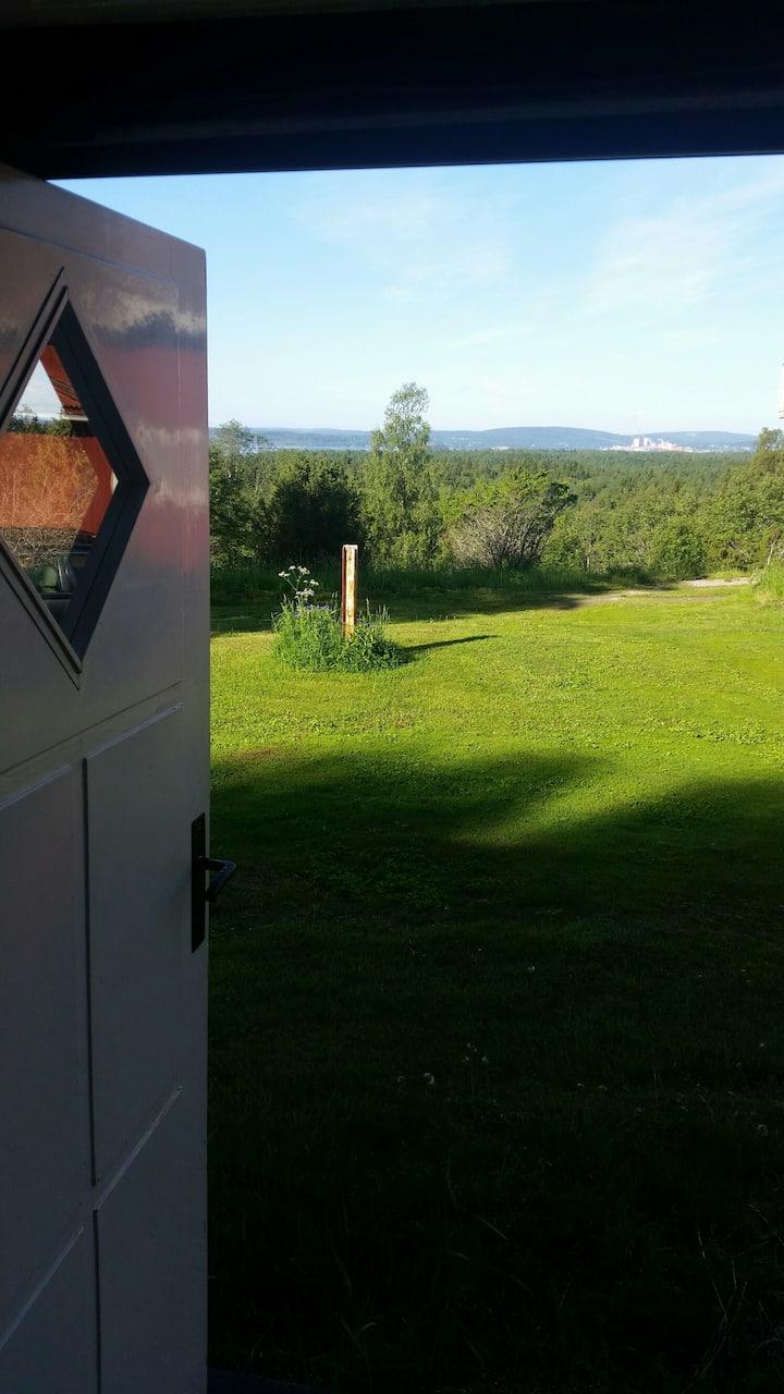 Gårdshus med 4 sovrum & vacker utsikt över deltat