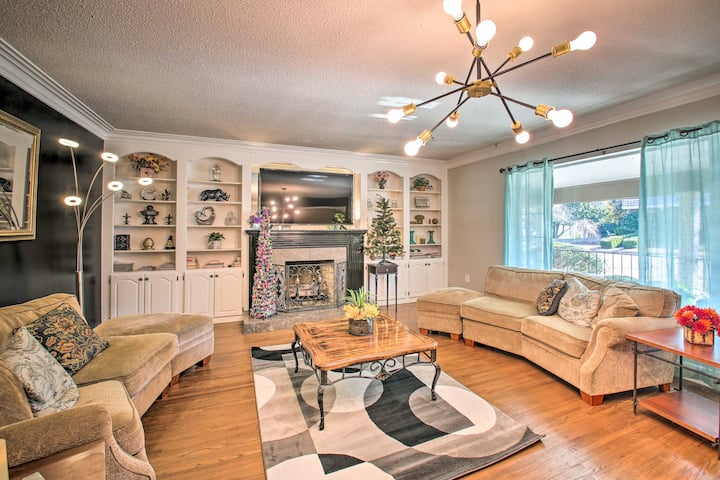 NEW! Spacious Hot Springs House - Walk to Oaklawn!