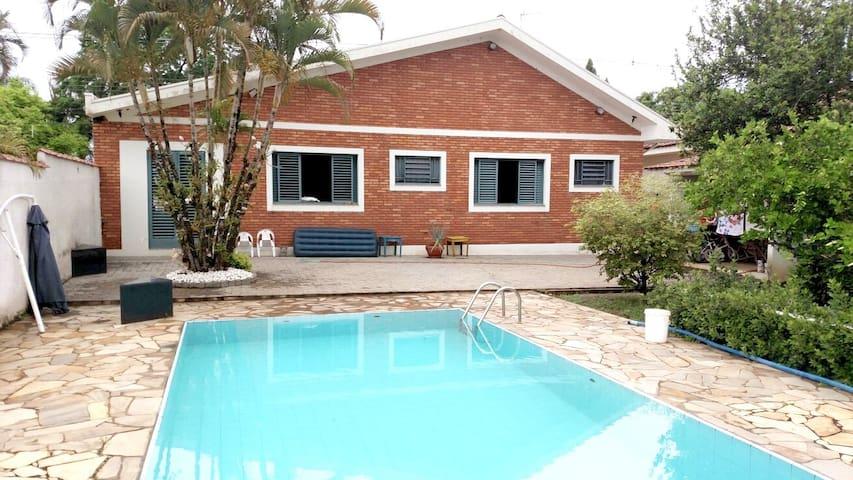 Nice House in Águas de São Pedro  - Águas de São Pedro - House