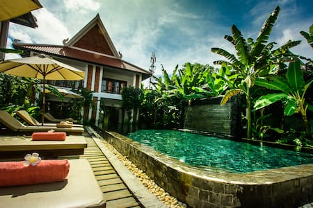 Deluxe Double with Pool View : Chez Moi Residence - Krong Siem Reap - Pousada