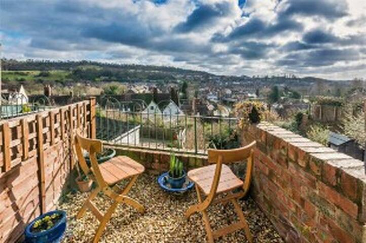 Donkey Shed Cottage grade II listed building. - Bridgnorth - Cabana