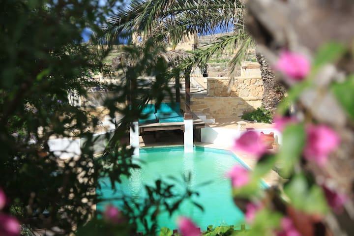 Lisa's house in Gozo - Gharb - Rumah liburan