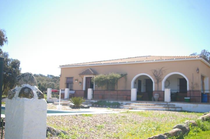 Alojamiento Casa-Campo en Sierra Norte de Sevilla. - Sierra Norte de Sevilla - Talo